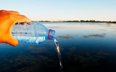 Garrafa de água pet – Conheça os malefícios.